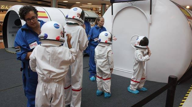 Kids-on-the-Moon