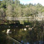 Insuas de Seivane con puente colgante