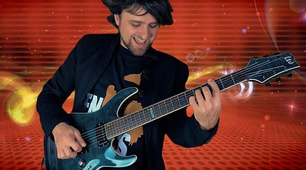 Concierto-de-Carlos-Arcay-presentando-su-nuevo-trabajo--Genesis-en-Santiago-de-Compostela